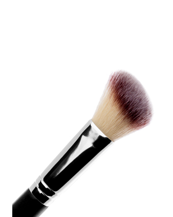 #148 Angled Sculpting Brush